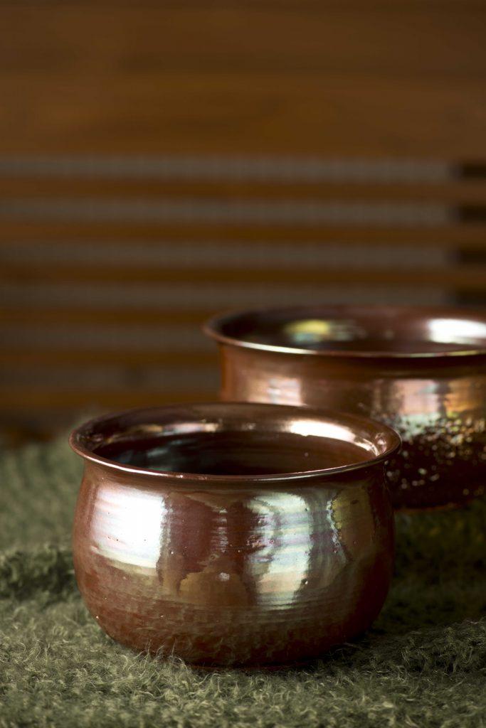 Bakır renkli çanaklar / Copper colored potteries